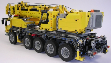 review lego technic 42009 grue mobile. Black Bedroom Furniture Sets. Home Design Ideas