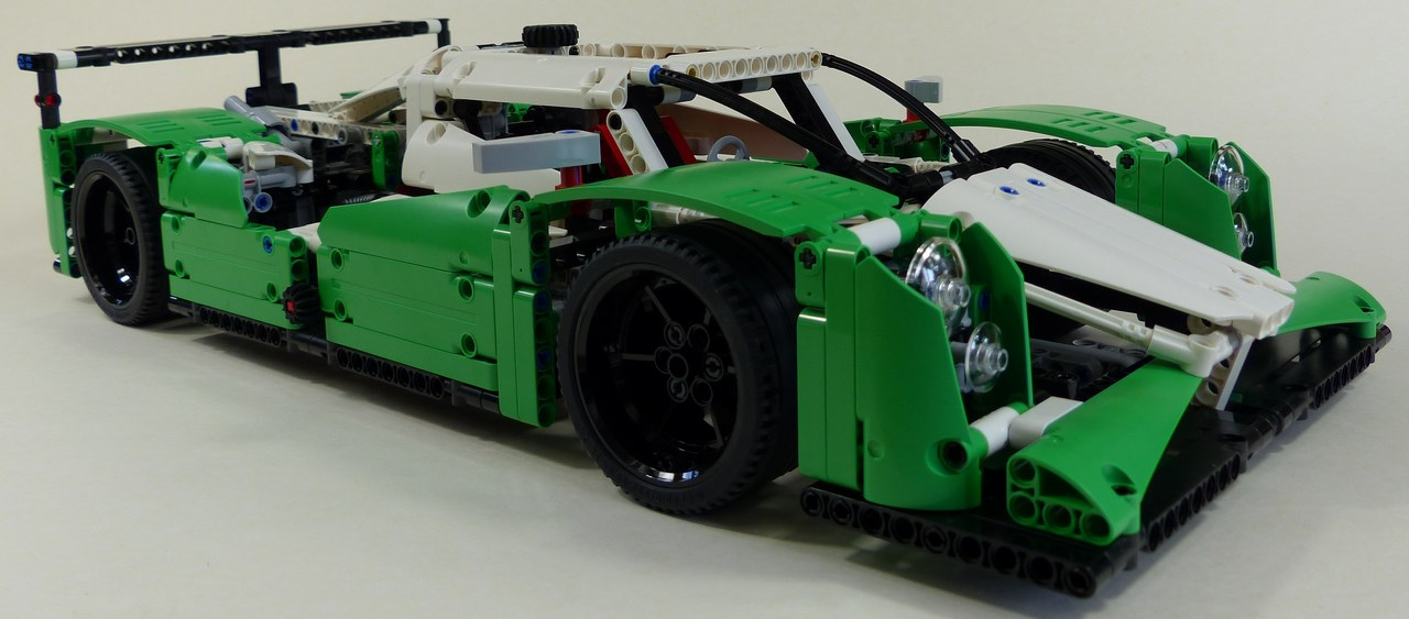review lego technic 42039 voiture de course lmp1. Black Bedroom Furniture Sets. Home Design Ideas