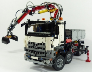 techlug.fr - review lego technic #42043 camion mercedes-benz arocs