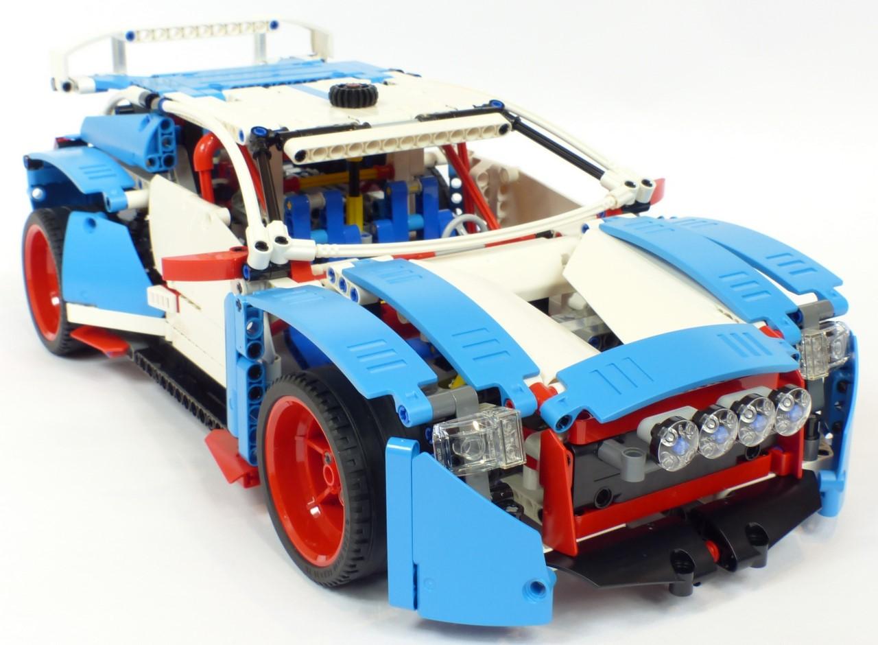 review lego technic 42077 voiture de rallye. Black Bedroom Furniture Sets. Home Design Ideas