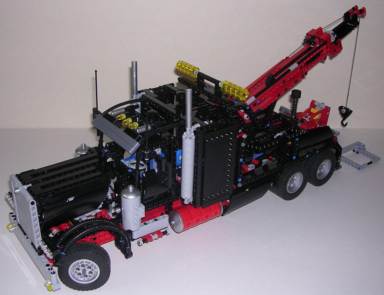 review lego technic 8285 camion remorqueur. Black Bedroom Furniture Sets. Home Design Ideas