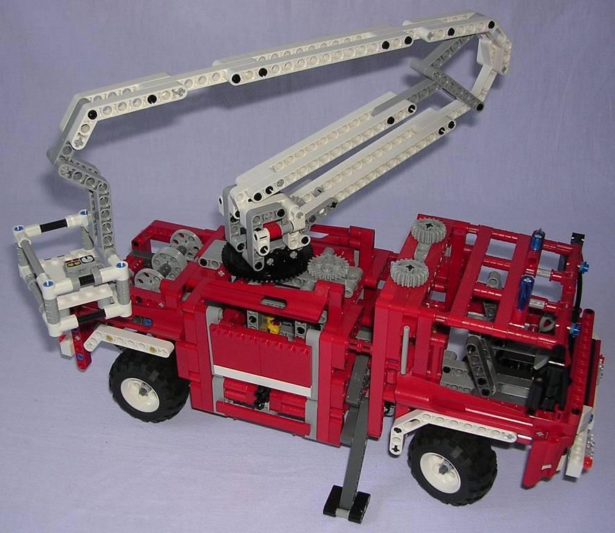 review lego technic 8289 camion de pompiers. Black Bedroom Furniture Sets. Home Design Ideas