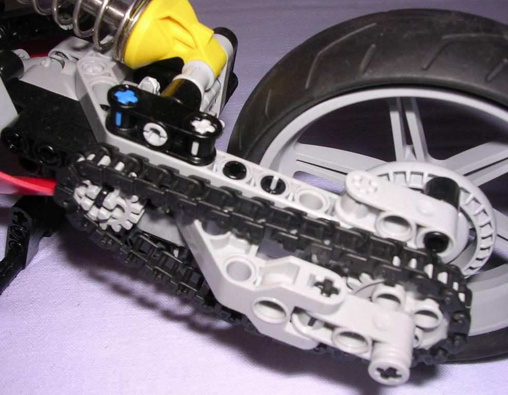 review lego technic 8420 moto de course. Black Bedroom Furniture Sets. Home Design Ideas