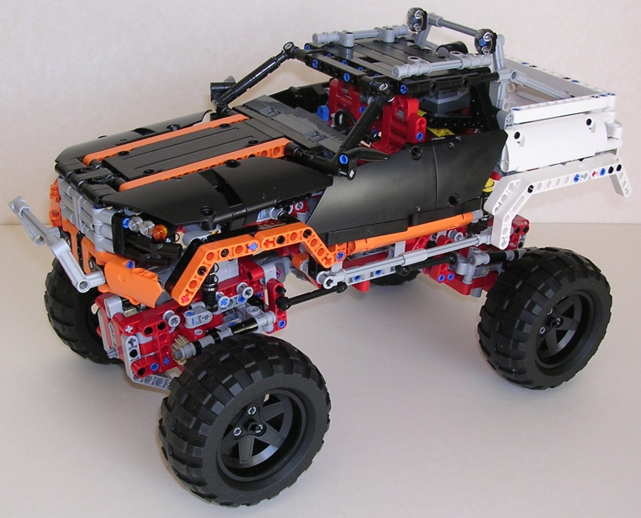 review lego technic 9398 tout terrain. Black Bedroom Furniture Sets. Home Design Ideas